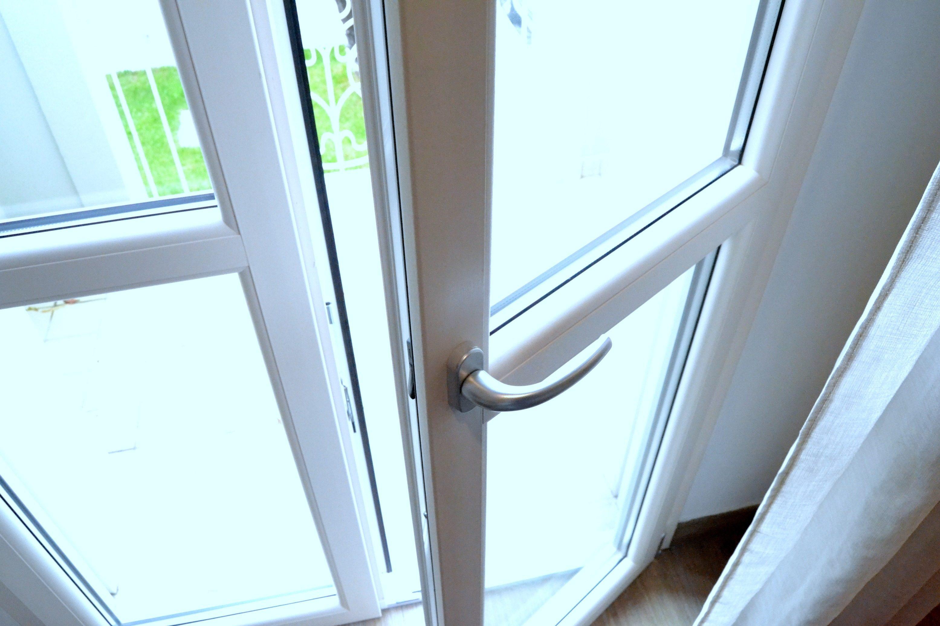Porta – Finestra in PVC Aluplast 6 camere Ideal 7000 Round Line 780 L x 2300 H – 1 ANTA ...